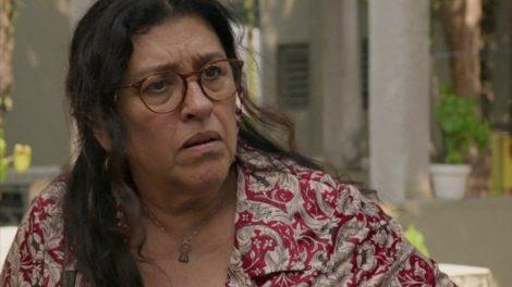 Lurdes (Regina Casé) será sequestrada em Amor de Mãe (Foto: Reprodução/Globo)