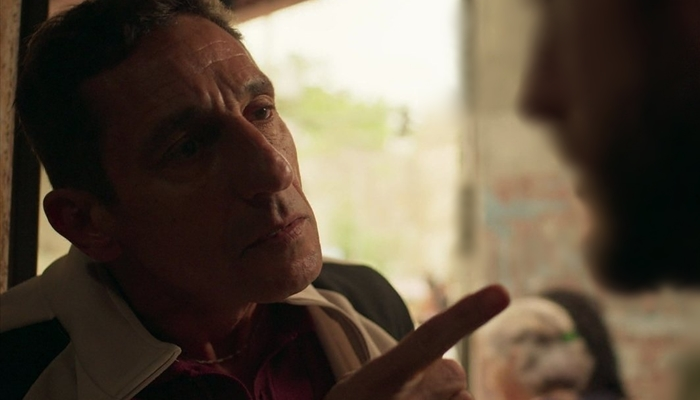 Belizário (Tuca Andrada) vai armar assassinato de inimigo na novela  Amor de Mãe (Foto: Reprodução/Globo)