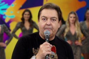 Faustão no comando do Domingão, que teve baixa audiência com final da Dança dos Famosos (Foto: Reprodução/Globo)