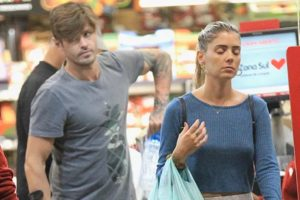 Dado Dolabella apareceu aos beijos com a prima em supermercado (Foto: Reprodução)