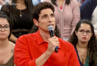 Reynaldo Gianecchini em entrevista concedida ao programa Altas Horas (Foto: Reprodução/Globo)