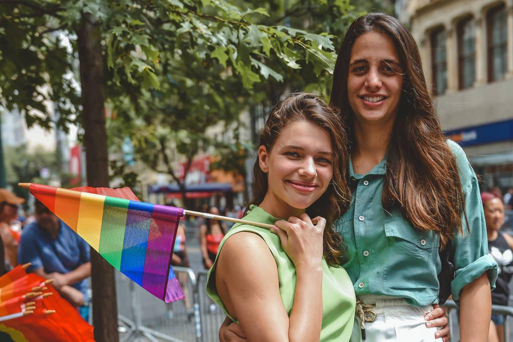 Bruna Linzmeyer e Priscila Visman. Foto: Reprodução