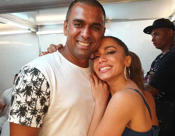 Felipe Terra ao lado de Anitta, sua irmã (Foto: Reprodução/ Instagram)