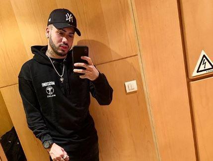 O famoso cantor e funkeiro brasileiro, Kevinho se torna um dos assuntos mais falados na internet após ter foto vazada nas redes sociais (foto: Reprodução/Instagram)