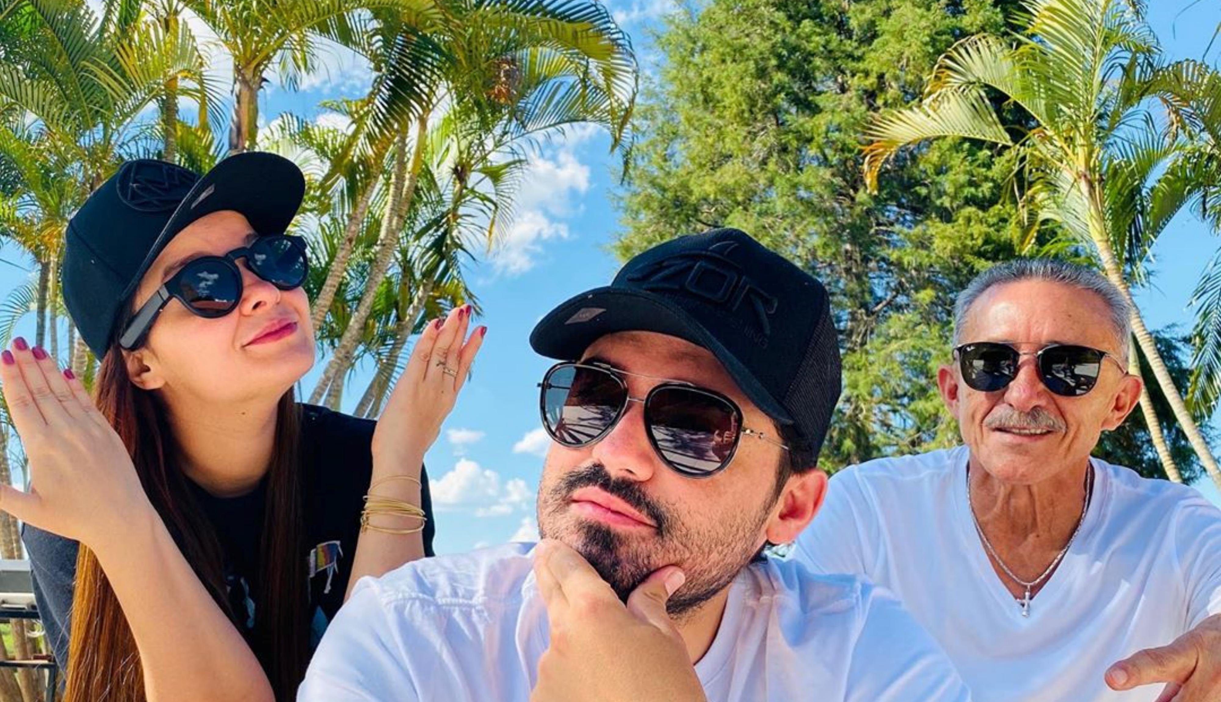 Após dar presente caríssimo para namorado, a famosa cantora sertaneja exige ser pedida em casamento por Fernando For (Foto: Reprodução/Instagram)