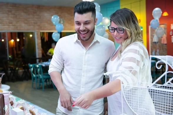 Marília Mendonça e Murilo Huff agora são pais do pequeno Leo (Foto: Reprodução)