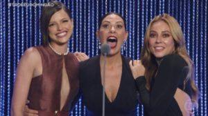 Agatha Moreira e Paolla Oliveira foram derrotadas por Fabiula Nascimento no Troféu Melhores do Ano (Foto: Globo)