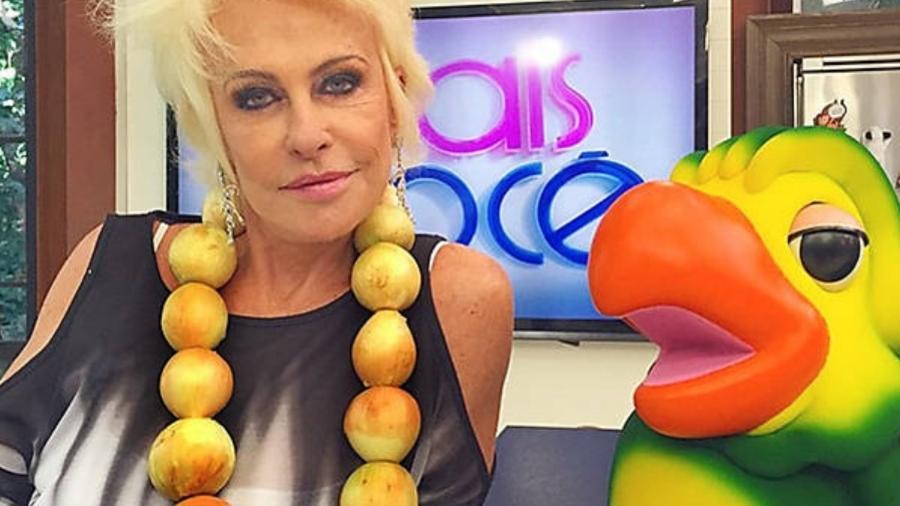 Ana Maria Braga com o colar de cebolas em 2015 (Foto: Reprodução)
