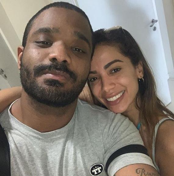 Arlindinho Cruz resolveu se declarar para a cantora Anitta (Foto: Reprodução)