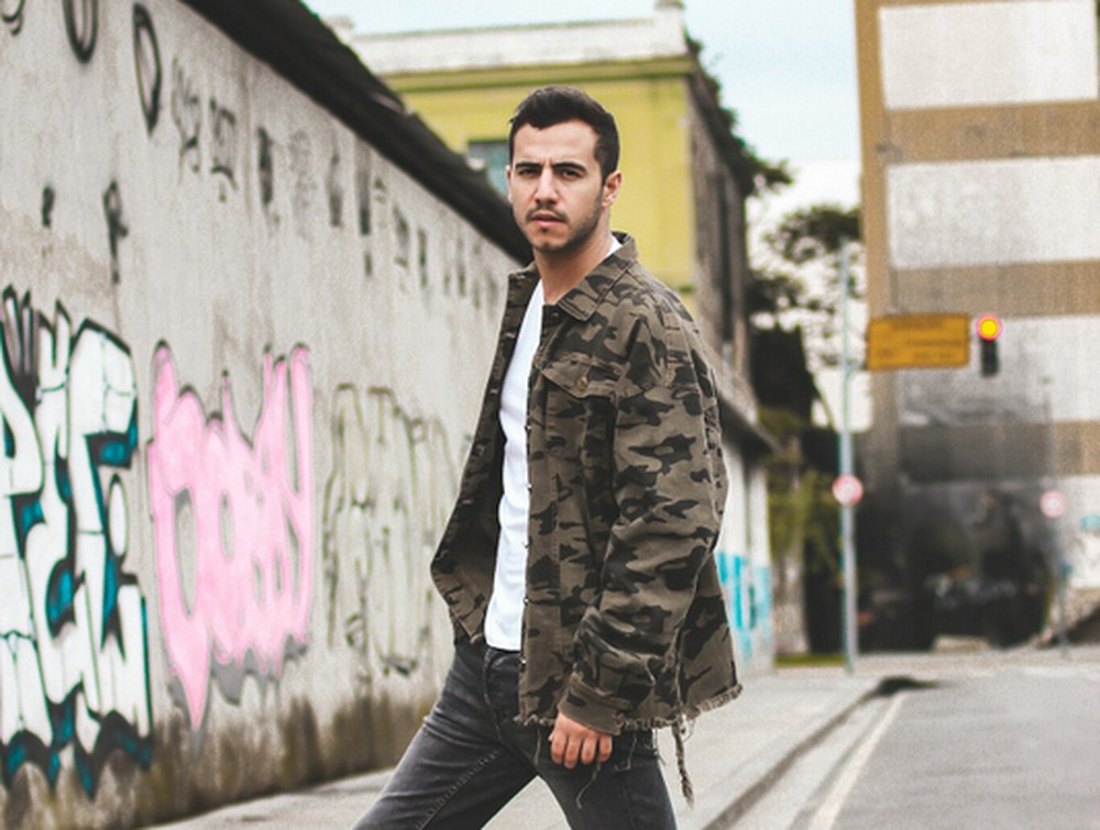 O ex-BBB Matheus Lisboa surpreendeu ao falar sobre a carreira ( Anderson Marques/Divulgação)