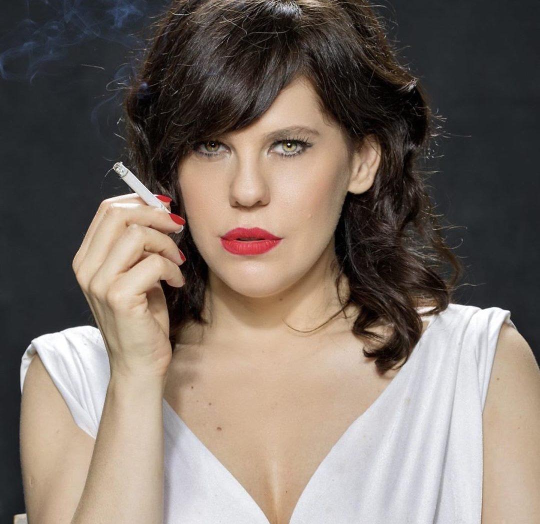 A famosa atriz da Globo e diretora, Barbará Paz surpreende ao falar sobre acidente que quase a matou 27 anos atrás