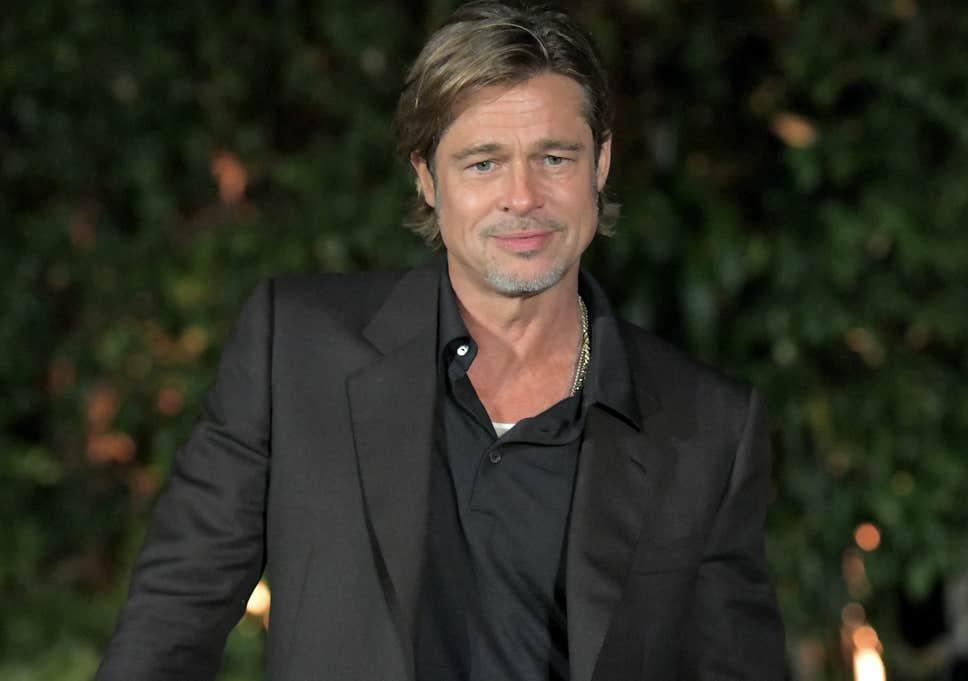 Brad Pitt conversou sobre sua vida pessoal durante entrevista ao lado de Anthony Hopkins (Foto: Reprodução)