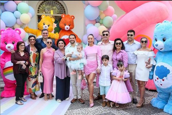 Duda Nagle, Sabrina Sato, Leda, Zoe e família (Foto: Reprodução)