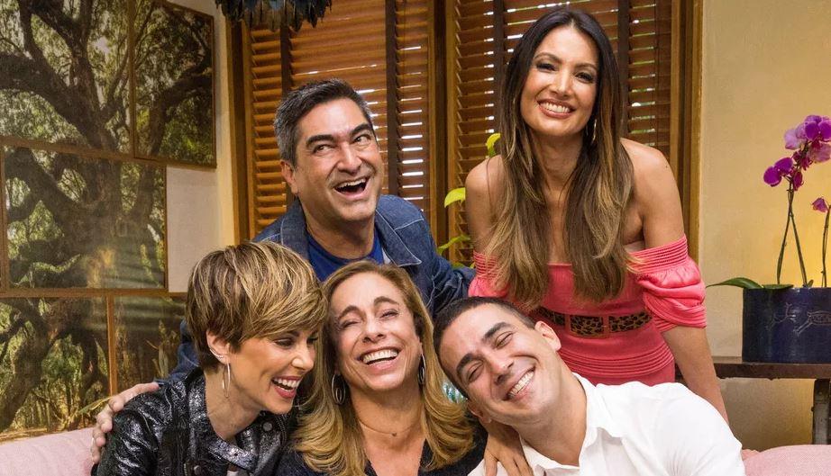 Ana Furtado, Zeca Camargo, Cissa Guimarães, André Marques e Patrícia Poeta no É de Casa (Foto: Divulgação/TV Globo)