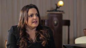 Fabíola Reipert é a apresentadora de A Hora da Venenosa em SP (foto: reprodução)