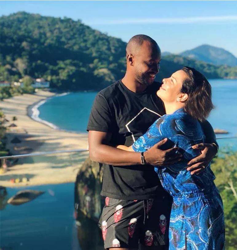 Thiaguinho e Fernanda Souza no mesmo local quando estavam casados (Foto: Reprodução)