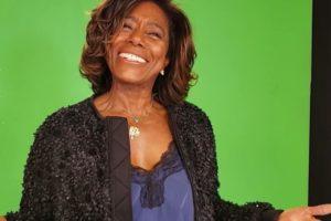 A famosa apresentadora do Globo Repórter, Gloria Maria fez a sua primeira aparição em público após cirurgia para retirada de tumor (Foto: Reprodução)