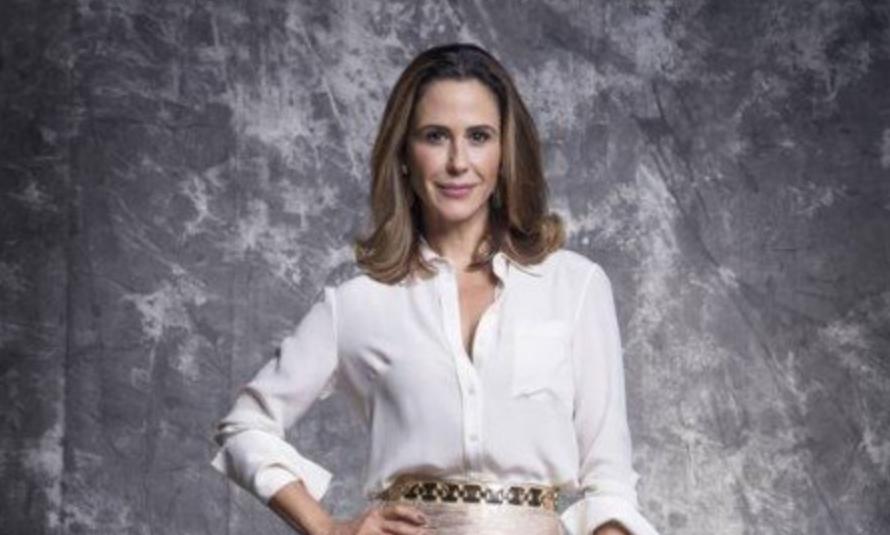 Dominique (Guilhermina Guinle) é a grande vilã de Salve-Se Quem Puder na Globo (Foto: João Miguel Junior/TV Globo/Divulgação)