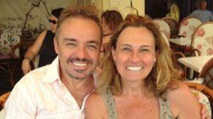 Gugu Liberato ao lado de sua irmã, Aparecida Liberato (foto: Reprodução/Instagram)
