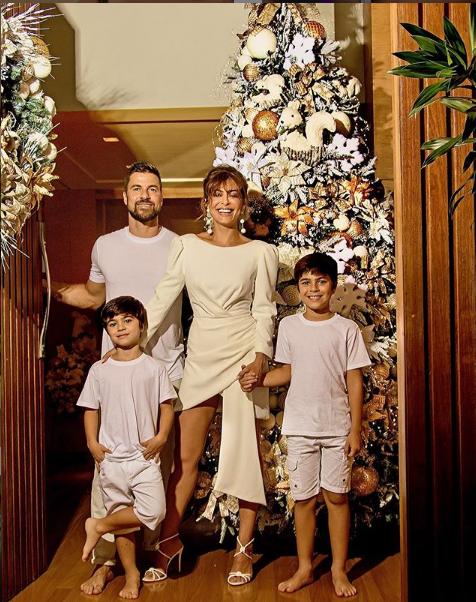 Juliana Paes, marido e filhos (Foto: Reprodução/ Instagram)