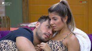 Lucas Viana e Hariany Almeida se enfrentam na Roça Reta Final de A Fazenda 11 (Foto: Reprodução/PlayPlus)