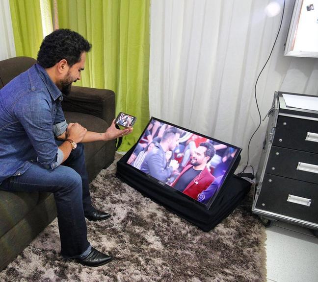 faz exigência para assistir filho no Altas Horas, da Globo. Foto: Reprodução