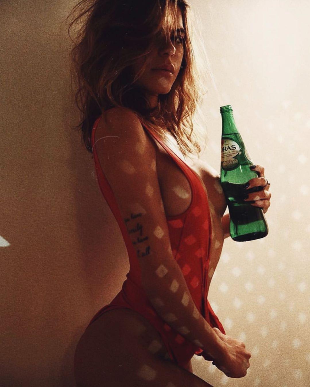 Mariana Goldfarb sensualizou em suas redes sociais (Foto: Reprodução/Instagram)
