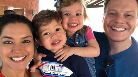 Thaís Fersoza, Michel Teló e os filhos (Foto: Reprodução)