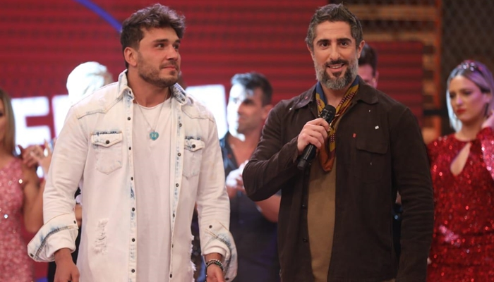 Marcos Mion e Lucas Viana na final de A Fazenda 11, que teve pior audiência (Foto: Antonio Chahestian/Record)