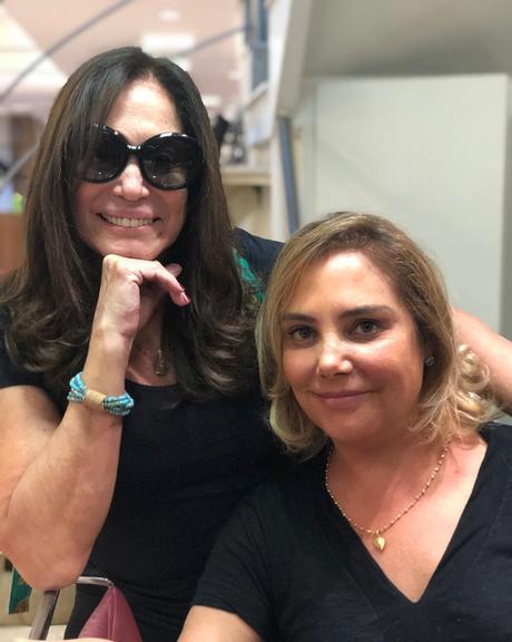 Susana Vieira surge em clique raro ao lado de Heloisa Périssé Divulgação/Instagram