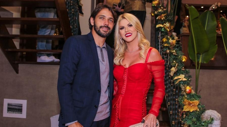 A empresária Val Marchiori e Tiago (Foto: Thiago Duran/AgNews)