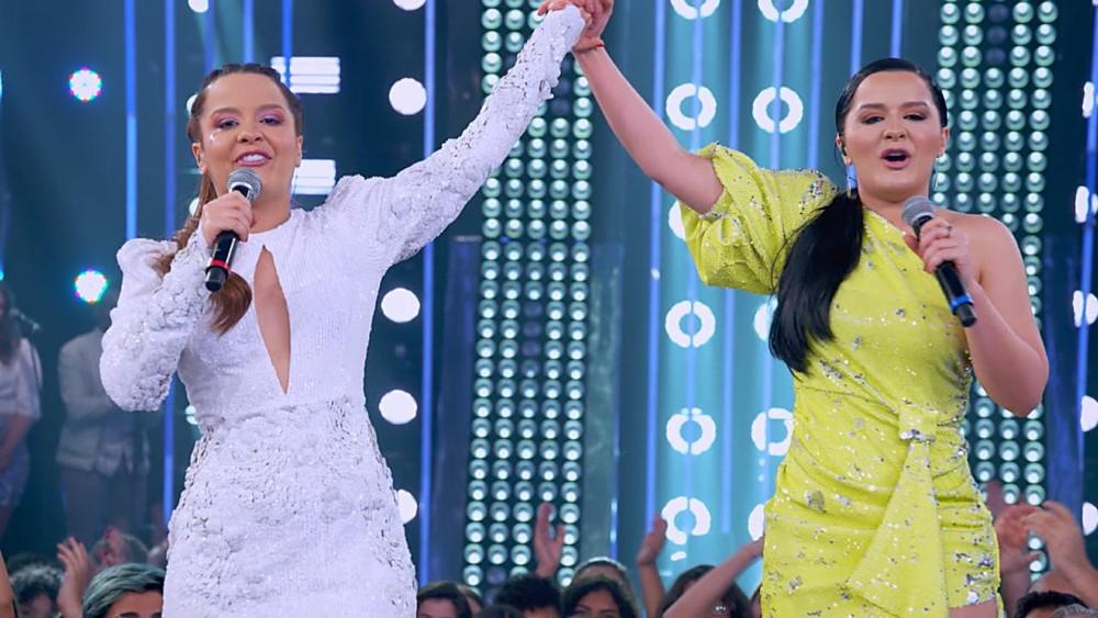 Maiara e Maraisa se divertiram muito no comando do SóTocaTop em 2019 na Globo (Foto: Reprodução)