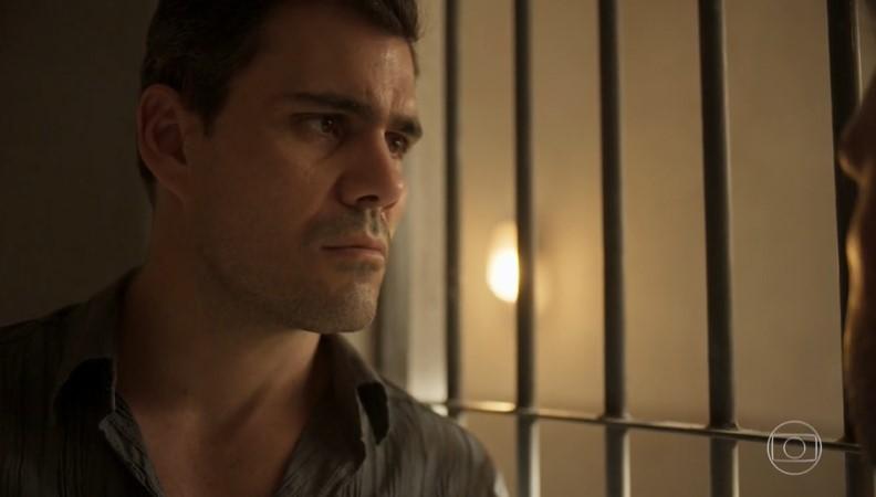 Magno (Juliano Cazarré) terá sentença de morte na prisão em Amor de Mãe (Foto: Reprodução/Globo)
