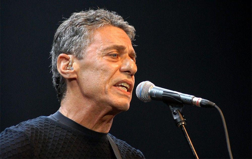 O cantor Chico Buarque foi submetido a cirurgia - Foto: Reprodução