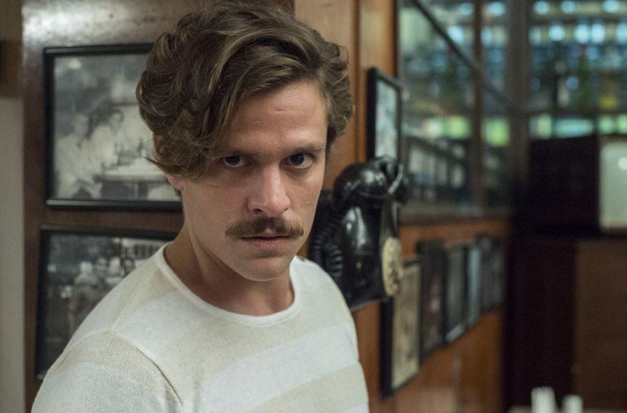Alejandro Claveaux vive o personagem Tales em Amor de Mãe, novela das 21h da Globo. Foto: Reprodução