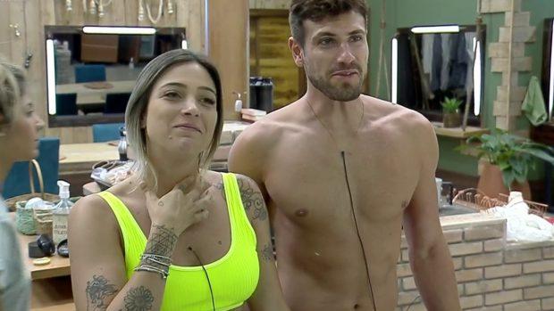 Tati Dias ridiculariza vídeo íntimo de Guilherme Leão e recebe enxurrada de críticas (Imagem: Reprodução / Instagram