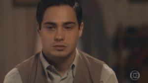 Carlos (Danilo Mesquita) se decepcionará com a namorada antes de morrer em Éramos Seis (Foto: Reprodução/Globo)