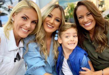 A apresentadora Ana Hickmann apareceu com o filho nos bastidores do Hoje em Dia (Foto: Reprodução)