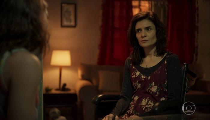Leila (Arieta Corrêa) será desmascara em Amor de Mãe (Foto: Reprodução/Globo)