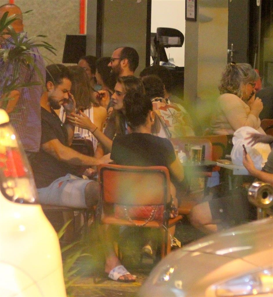 Joaquim Lopes chorou durante conversa (Foto: AgNews/ Daniel Delmiro)
