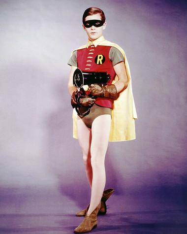 o ator que viveu o Robin da série dos anos 60, Burt Ward (Imagem: Divulgação)