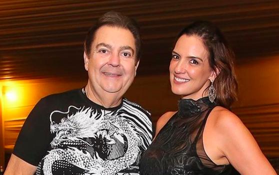 A esposa do famoso apresentador do Domingão do Faustão, Fausto Silva, Luciana Cardoso deixou os seus seguidores de queixo caído ao compartilhar clique raro (Foto: Reprodução/Instagram)