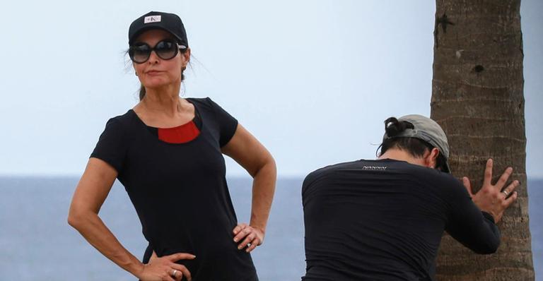 Fátima Bernardes realizando exercício físico com Túlio Gadelha (Foto: Reprodução)