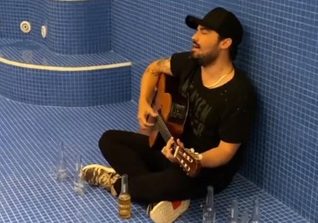 Sertanejo Fernando Zor em vídeo publicado em seu perfil no Instagram após fim de namoro com Maiara (Foto: Reprodução)