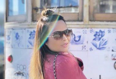 Geisy Arruda deixou os marmanjos enlouquecidos com vestido curto (Foto: Reprodução)