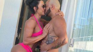 A famosa atriz e o seu marido, Belo aproveitando o primeiro dia do ano (Foto: reprodução/Instagram)
