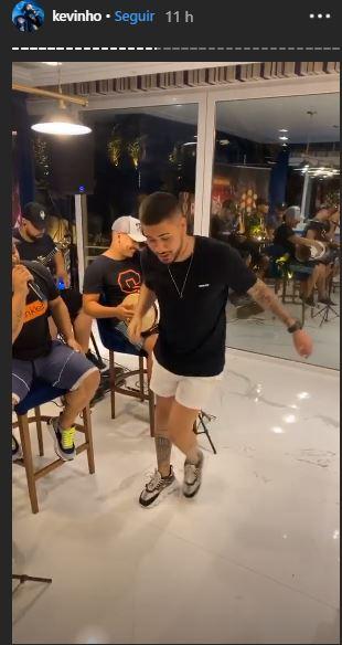 Kevinho surpreendeu ao fazer dança bizarra (foto: Reprodução/Instagram)