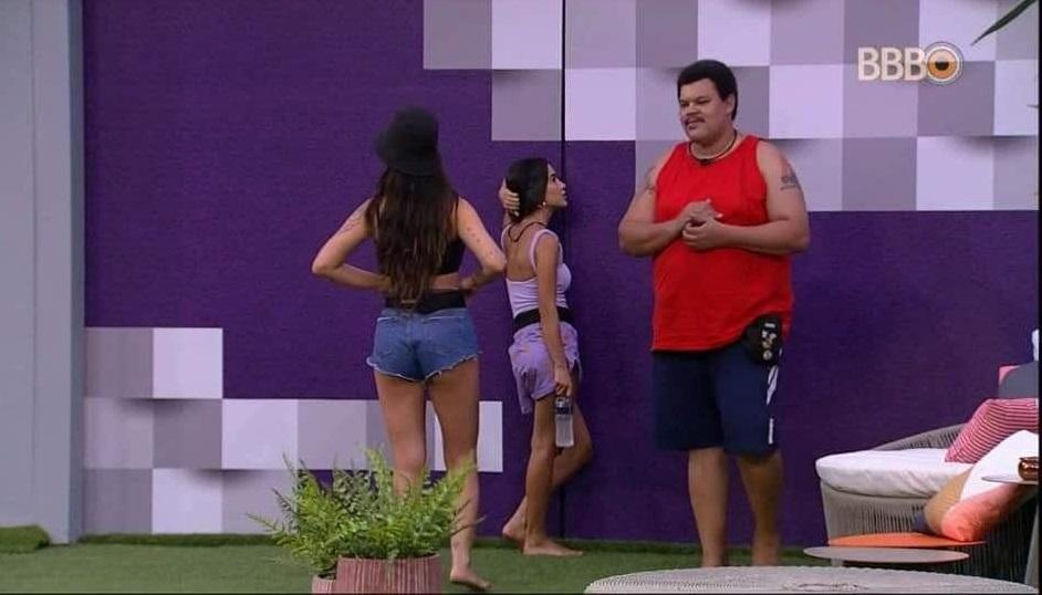 Manu Gavassi, do Big Brother Brasil, perguntou se Victor Hugo era gay e ganhou uma resposta inusitada (Foto: Reprodução)