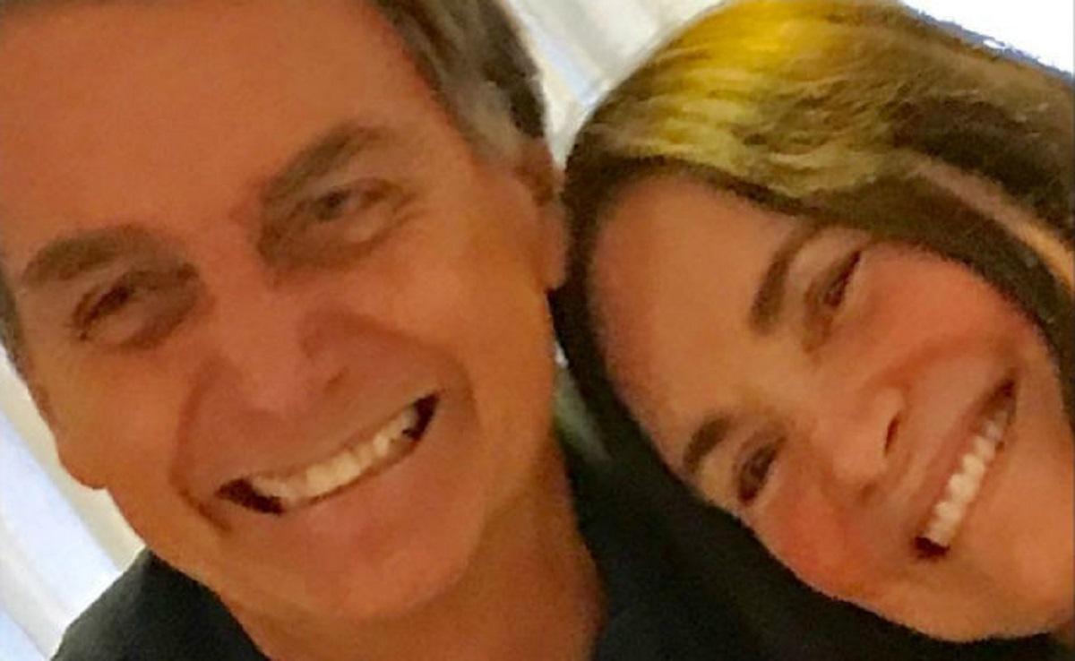 Regina Duarte e Bolsonaro (Foto: Reprodução)