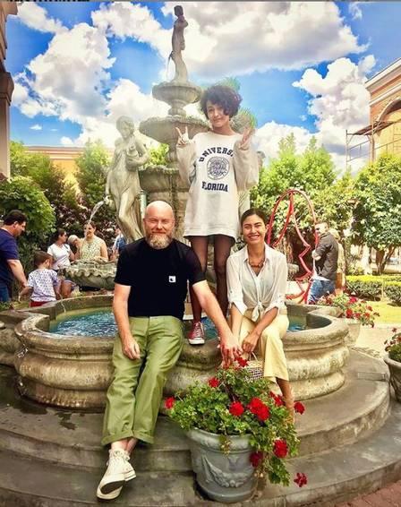 Tessália junto com o namorado e a filha (Foto: Reprodução/Instagram)